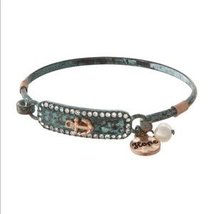 Jewelry - Metal Bracelet with Anchor and Pearl Detail NWT